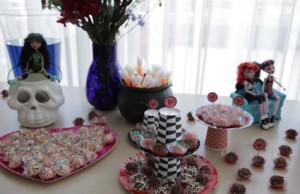 decoração com doces Monster High
