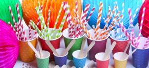 descartáveis para festa coloridos