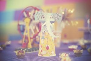 decoração de festa com tema circo elefante