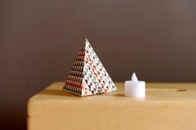 enfeite de natal piramide de papel
